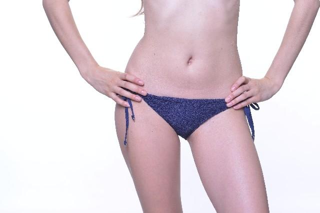 bikini01-min