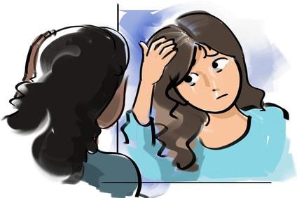 鏡で白髪を確認する女性のイラスト