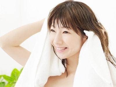 髪 タオル 乾かす